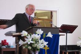 Pastor Wally shares the good news of the gospel